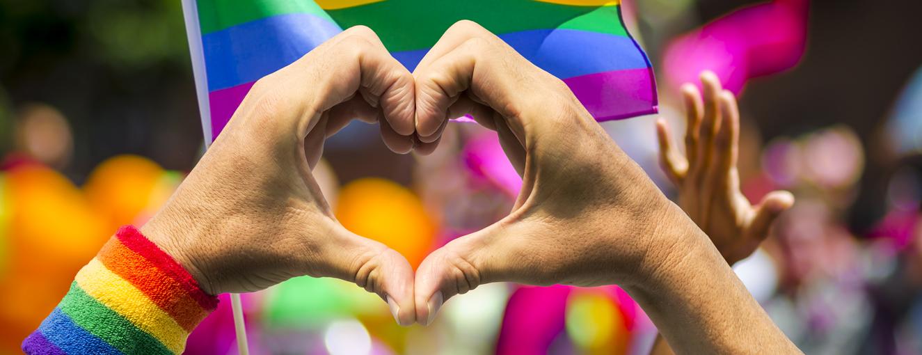 8 cose da portare al gay Pride
